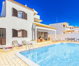 Gale Villa Sleeps 8 Pool Air Con WiFi